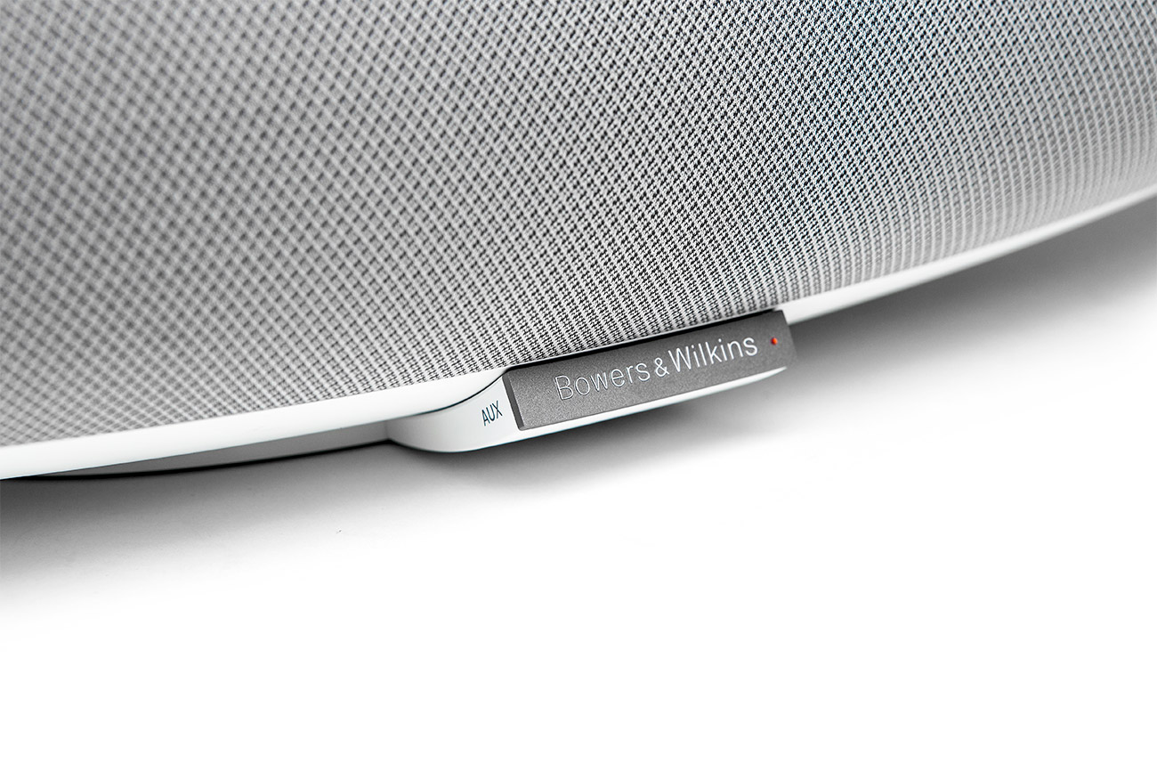 Zepplin-Wireless-Speaker-3_1300X867.jpg